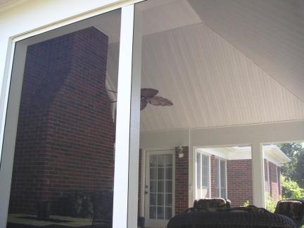 美式别墅阳台飘窗装修设计