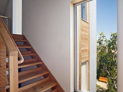 自建房实木楼梯装修设计