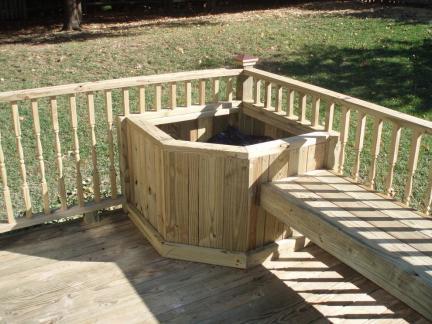 传统格调阳台实木护栏图片欣赏