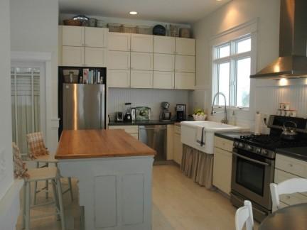 宜家北欧现代厨房白色储物柜装修图