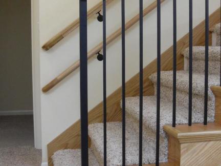复式楼实木楼梯扶手图片欣赏