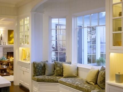 华丽别墅欧美风格客厅玻璃飘窗榻榻米装修设计
