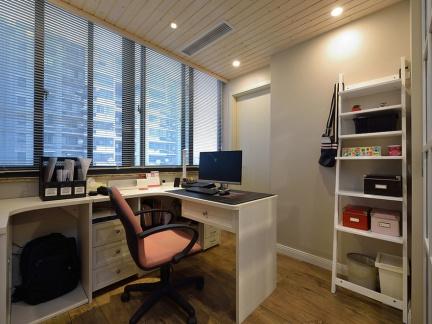 小户型书房整套学习桌装修设计