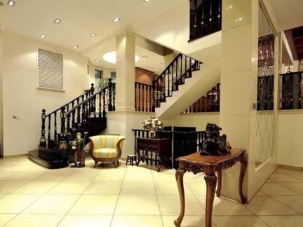 古雅美式乡村别墅楼梯设计图