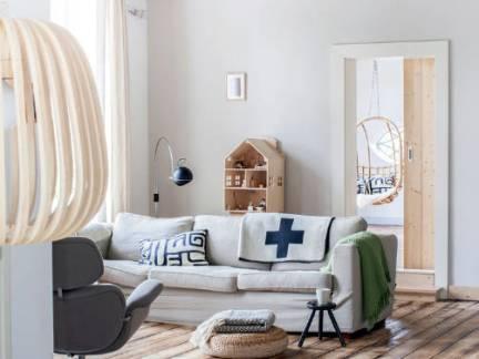 140平米简约风格客厅横木吊顶装修效果图