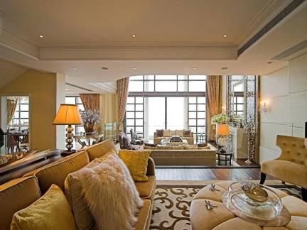 简欧风格中等户型客厅室内装潢效果图欣赏