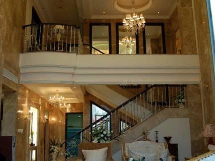 豪华欧式风格别墅客厅水晶吊灯效果图欣赏