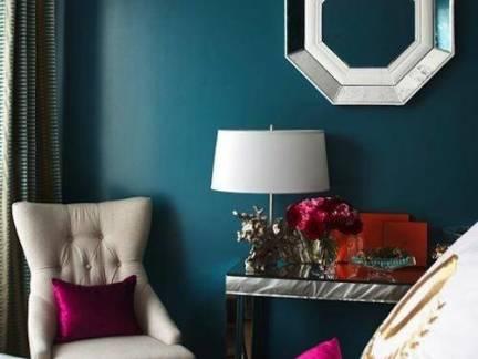 北欧小型卧室墙面装饰图片欣赏