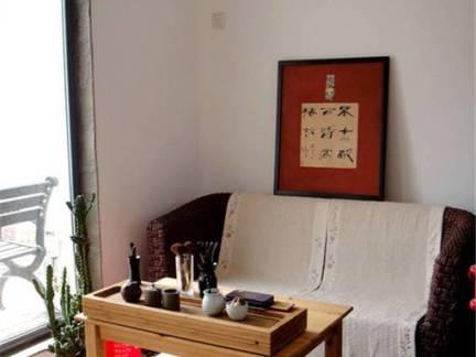 中式风格顶层小户型客厅原木色茶桌图片欣赏