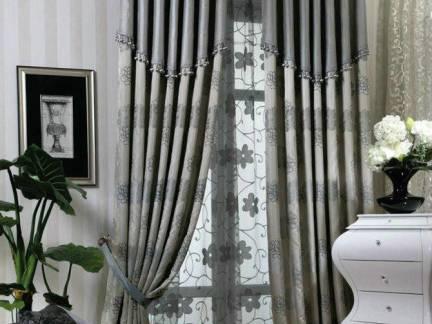 素雅格美欧式田园美宅卧室窗帘设计图