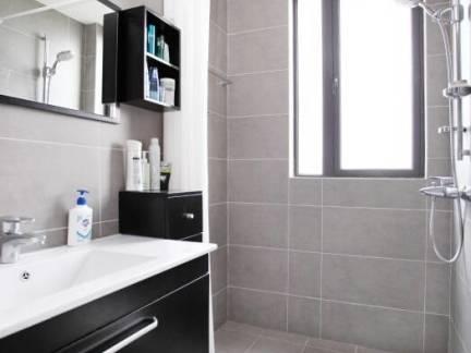 四居室卫生间浴室柜装修设计