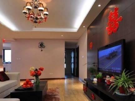 亚洲风格婚房客厅电视背景墙装修设计