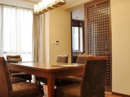 优雅日式餐厅吊顶隔断设计图欣赏