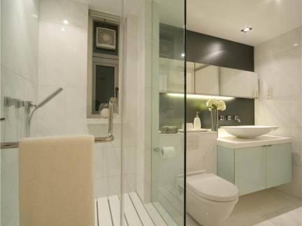 现代简约四居室卫生间淋浴房设计效果欣赏