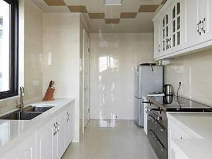130平米三室一厅厨房橱柜装修效果图