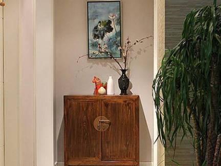 仿古四居室走廊实木储物柜装修设计