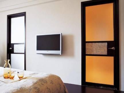 中式风格五居室卧室玻璃门装修设计