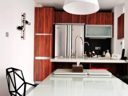 个性开放式厨房餐厅吊灯图片欣赏