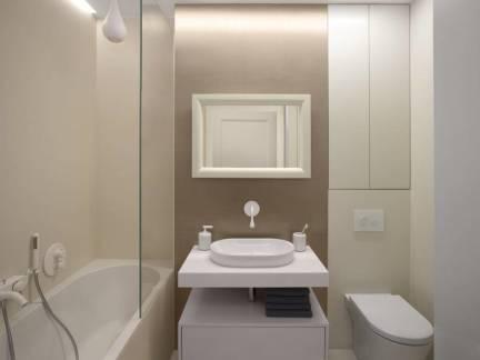 简约风格小户型卫生间白色洗手台装修设计
