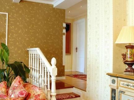 东南亚风格跃层楼梯扶手装修设计