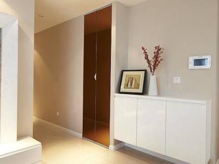 简洁日式客厅走廊白色玄关柜效果图