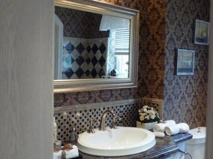 雅致简欧风格卫生间浴室柜装修设计