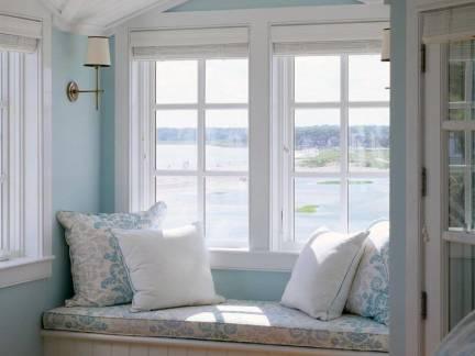 北欧风格观景别墅卧室榻榻米飘窗装修设计