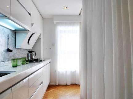 时尚现代风格小型厨房橱柜装修设计