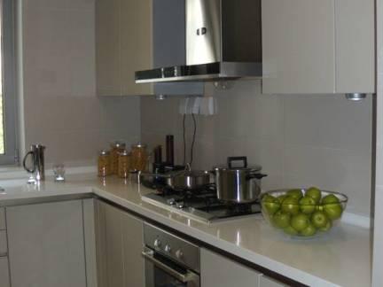 简约风公寓家装厨房橱柜装修设计图