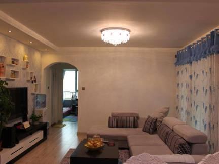 地中海风格复式楼客厅电视柜装修设计