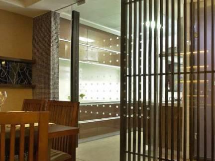 简约中式餐厅隔断设计图欣赏
