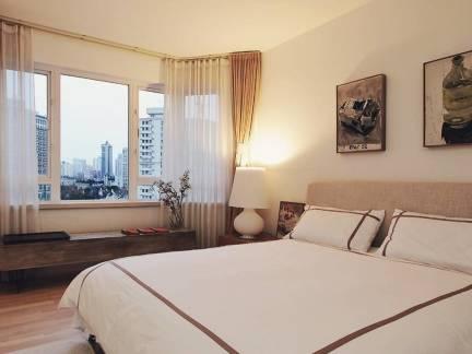 现代简约卧室阳台窗帘设计图