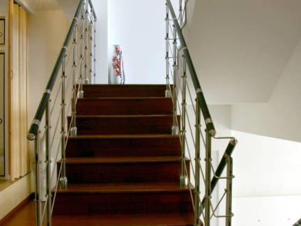 2017三层楼梯设计 房天下装修效果图