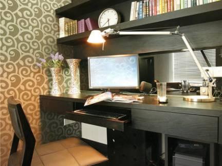现代简约欧式风格三居室书房书桌设计效果