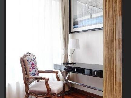 现代风格家装书房书桌沙发椅图片欣赏
