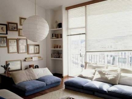 日韩风格三室两厅客厅照片墙装修设计