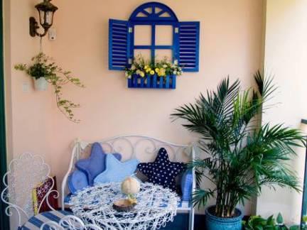 地中海风格四居室阳台蓝色地板装修设计