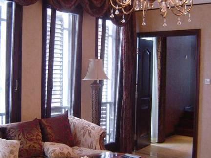 典雅中式风格四室一厅客厅吊灯设计效果图大全