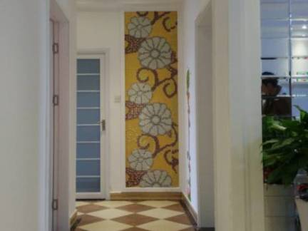 家装走廊拼花瓷砖装修效果图