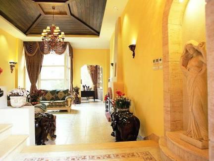 新古典风格跃层客厅木制集成吊顶装修设计