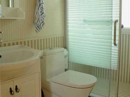 小户型多功能卫生间精装设计效果图