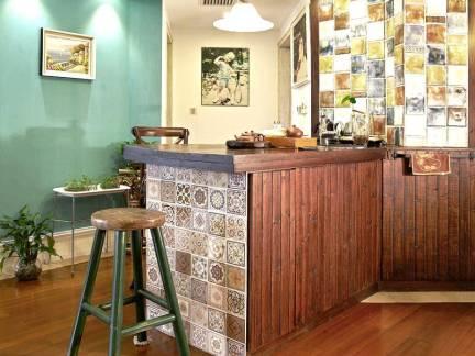 后现代风格复式楼餐厅吧台装修效果图