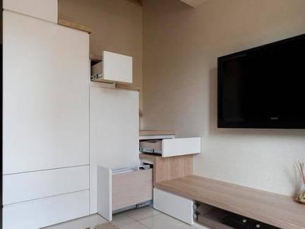 三居室普通家庭客厅储物柜装修设计