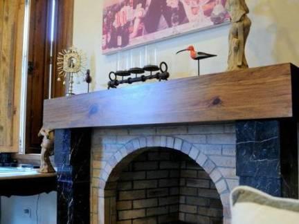 美式风格别墅客厅壁炉挂画装修设计
