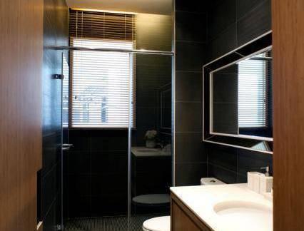 中式新古典现代卫生间洗手台设计图欣赏