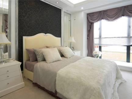北欧小型卧室床头柜装修设计