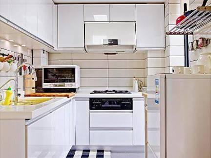 现代风格四居室厨房整体橱柜装修设计