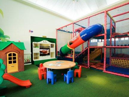 幼儿园室内滑梯设计效果图大全