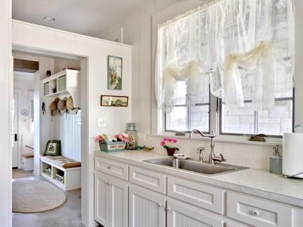 乡村美式小型厨房橱柜装修设计