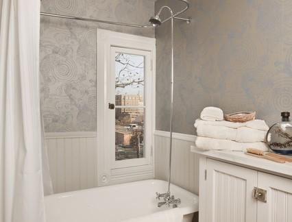 北欧风格别墅卫生间浴室柜装修设计